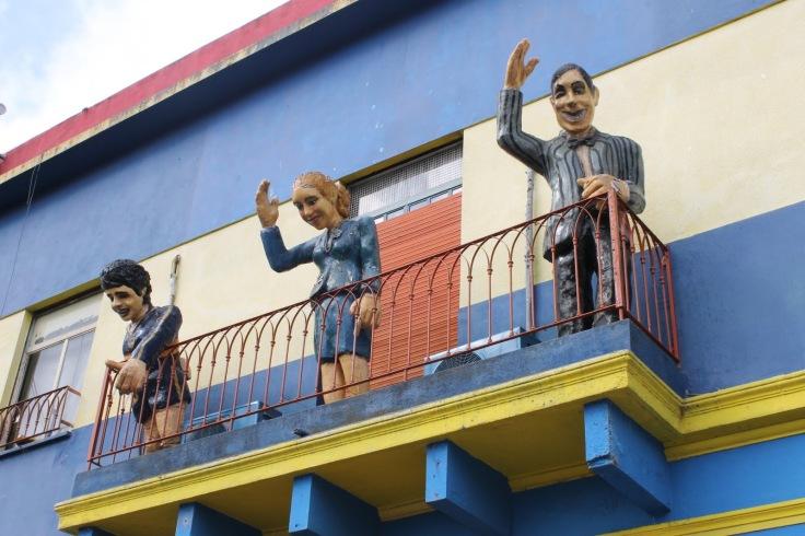 Maradora, Evita e Carlos Gardel.